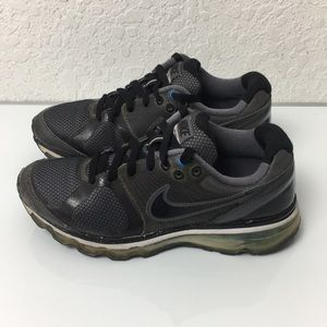 ✅Boys Youth Nike Air Max 2010 Running shoes 6:5Y